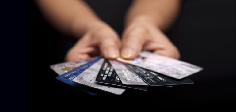 снятие наличных с кредитной карты Уралсиб